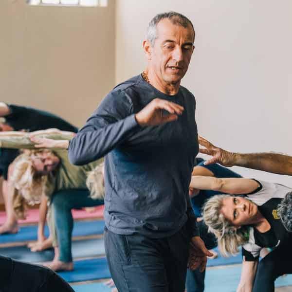 Anusara Yoga Retreat With Piero Vivarelli Yoga In Salento